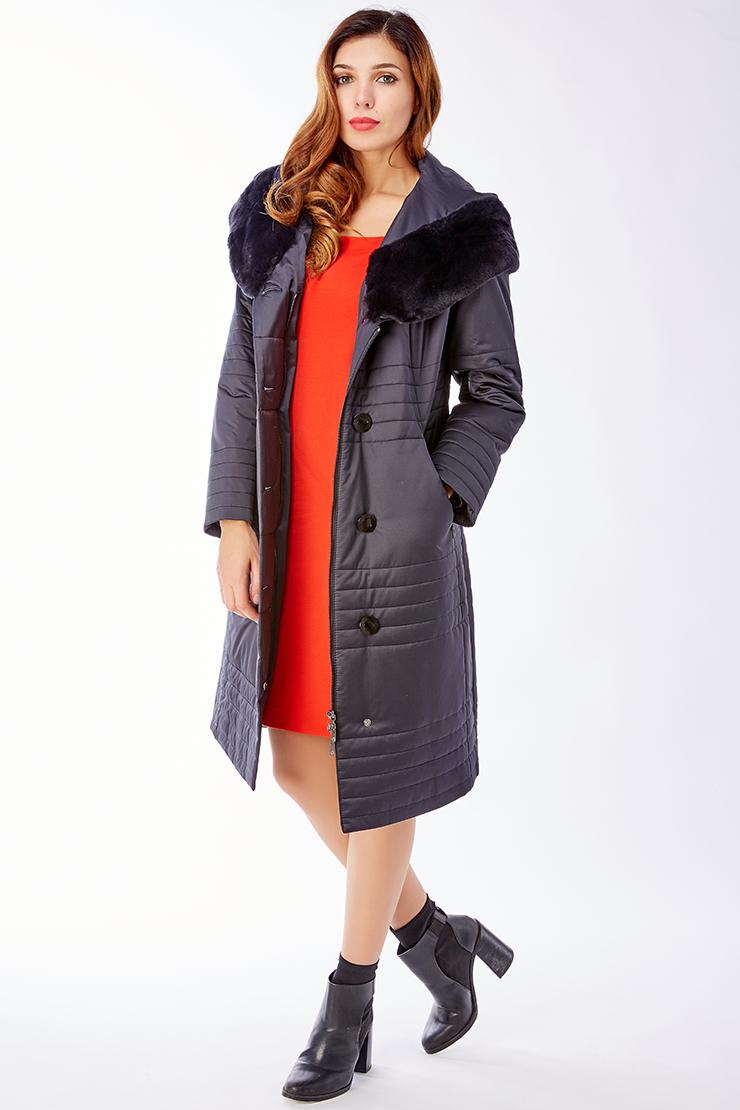 Женское полуприталенное пальто с мехом кролика и капюшономПальто<br>Женское полуприталенное пальто с мехом кролика и капюшоном<br>Цвет: темно-синий; Размер: 52, 54, 56; Состав: 100% п/э; подкладка - 100% п/э; утеплитель - thinsulate; меховая отделка - кролик рекс; Материал: 100% п/э; подкладка - 100% п/э; утеплитель - thinsulate; меховая отделка - кролик рекс;