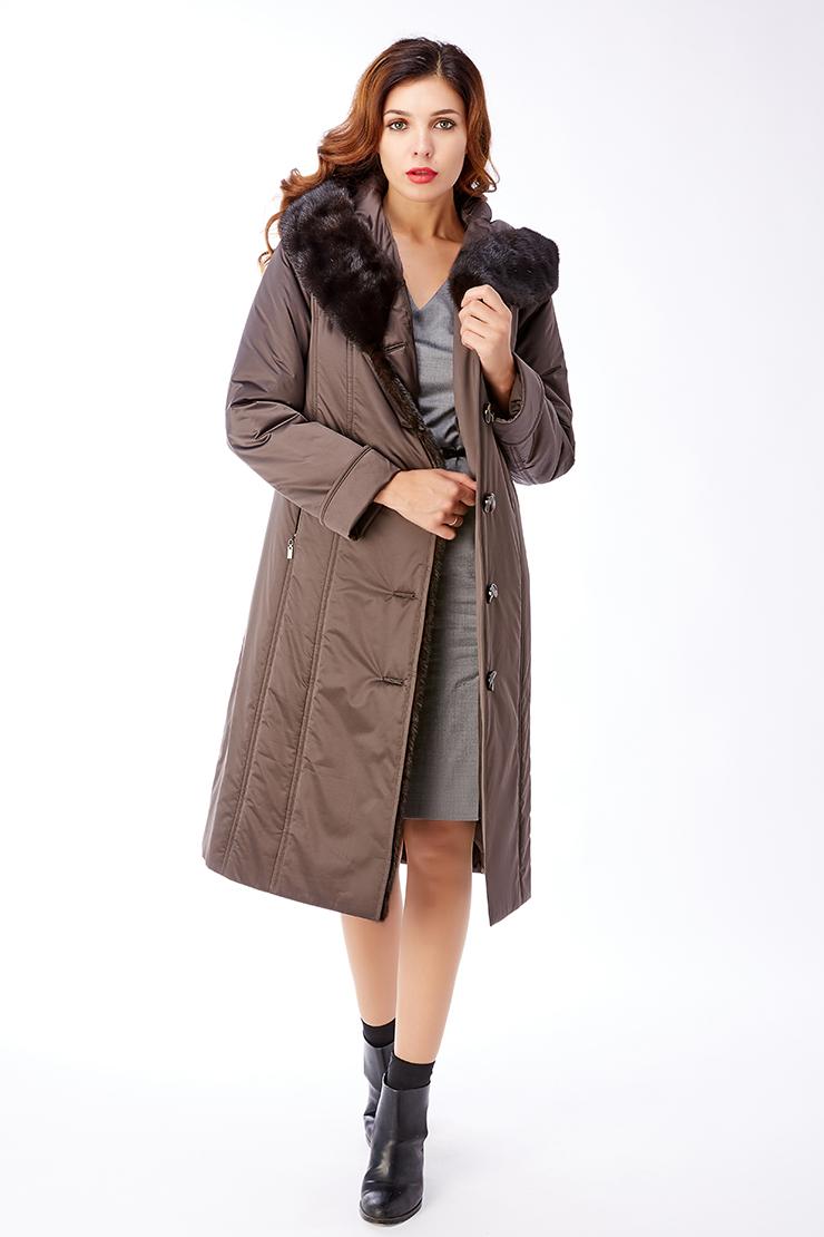Женское классическое болоневое пальто-трапецияПальто<br>Женское классическое болоневое пальто-трапеция<br>Цвет: темно-коричневый; Размер: 42, 44, 46, 48, 50, 54; Состав: 100% п/э; подкладка - 100% п/э; утеплитель - thinsulate; меховая отделка - норка натуральная; Материал: 100% п/э; подкладка - 100% п/э; утеплитель - thinsulate; меховая отделка - норка натуральная;