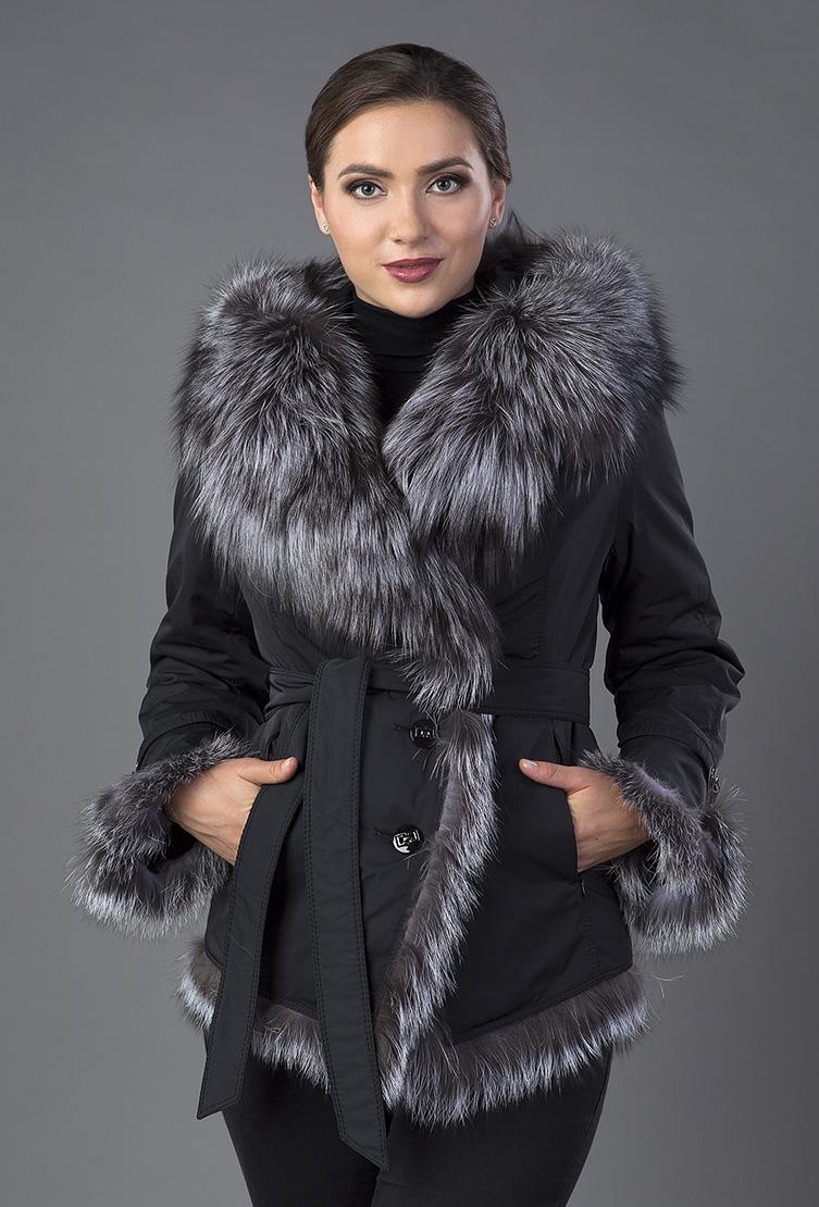 Куртка большого размера на меху с чернобуркойКуртки<br>Куртка большого размера на меху с чернобуркой<br>Цвет: темно-синий; Размер: 42, 44, 50, 54; Состав: 100% п/э; подкладка 100% п/э; мех - чернобурка; меховая подстежка - кролик; Материал: 100% п/э; подкладка 100% п/э; мех - чернобурка; меховая подстежка - кролик;