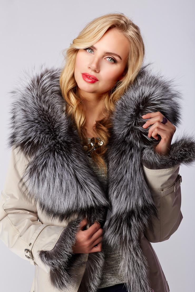 Зимняя итальянская куртка на меху кроликаКуртки<br>Зимняя итальянская куртка на меху кролика<br>Цвет: слон кость; Размер: 42, 44, 46, 48, 50, 52; Состав: 100% п/э; меховая подстежка - кролик; меховая отделка - чернобурка; Материал: 100% п/э; меховая подстежка - кролик; меховая отделка - чернобурка;