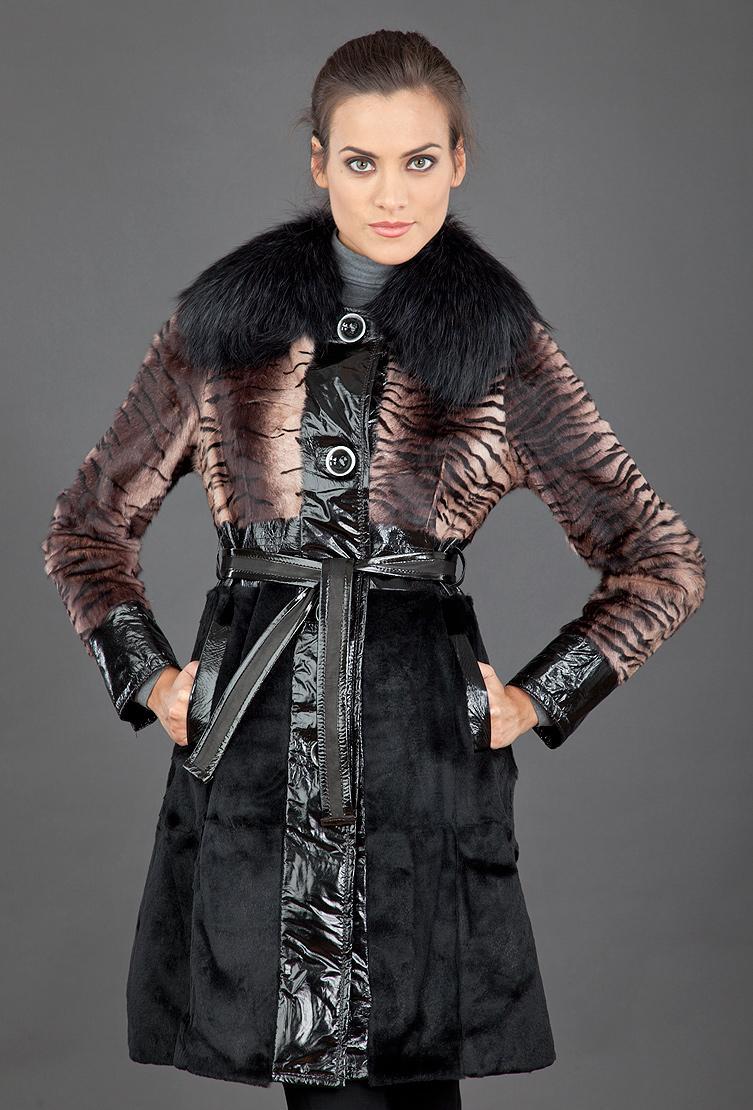Женское меховое пальто FLO_CLO с лаковой кожей фото