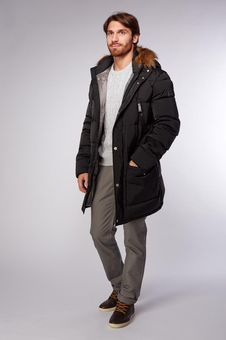 Длинный мужской пуховик черного цвета с мехом енота ADD IAMV68/A28-черный