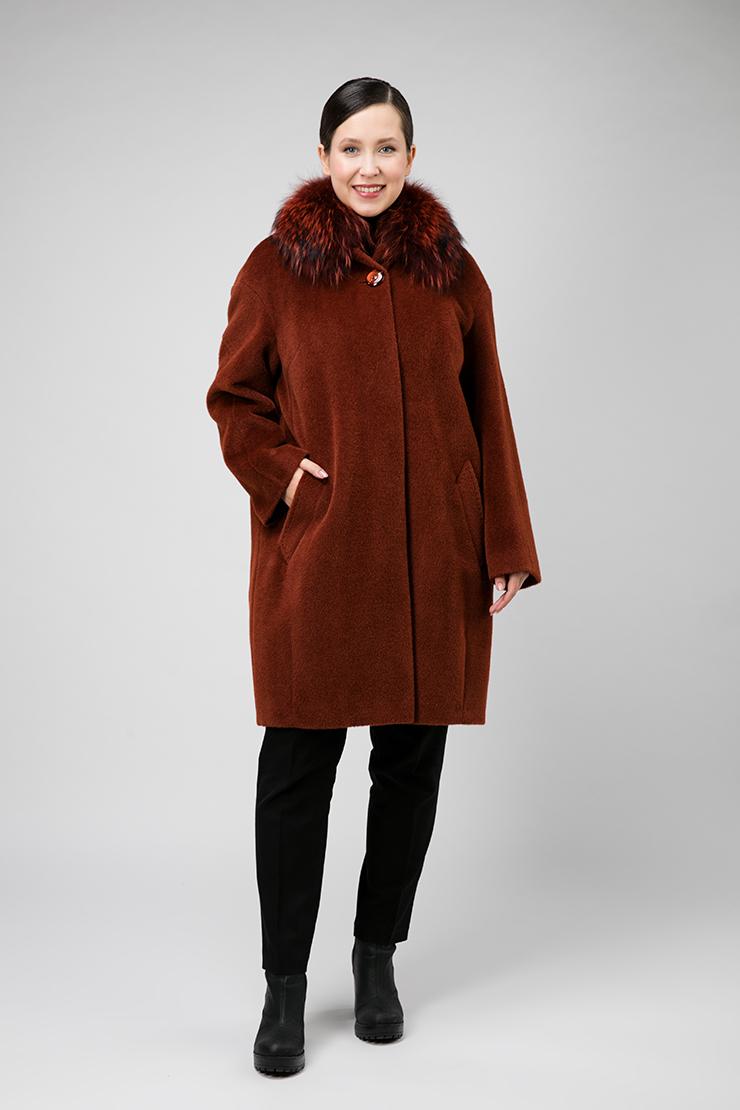 Утепленное пальто из альпака на большой размер