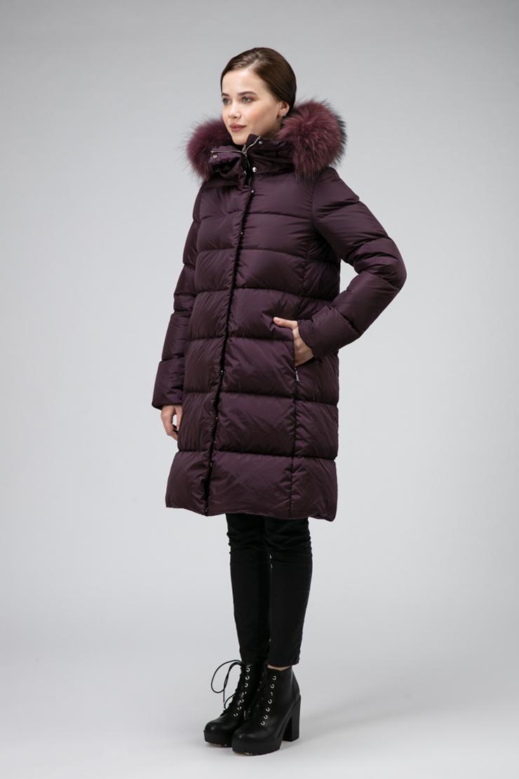 Модный пуховик с мехом из Италии для зимы