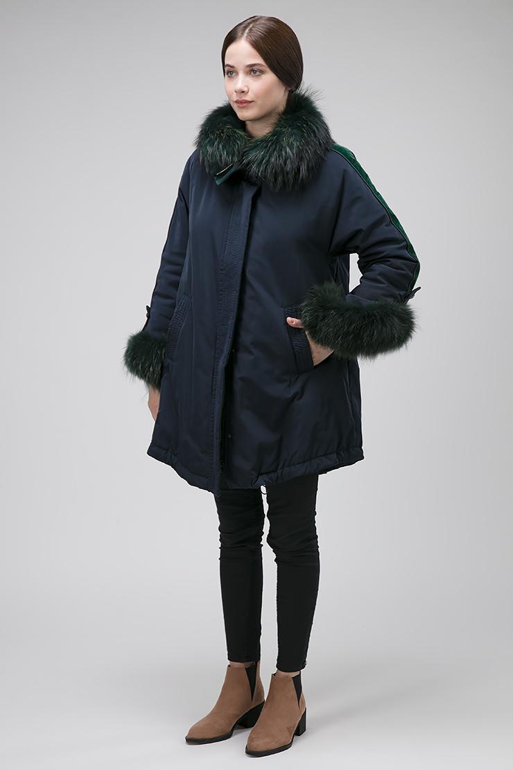 Демисезонная женская куртка с бархатными лампасами фото