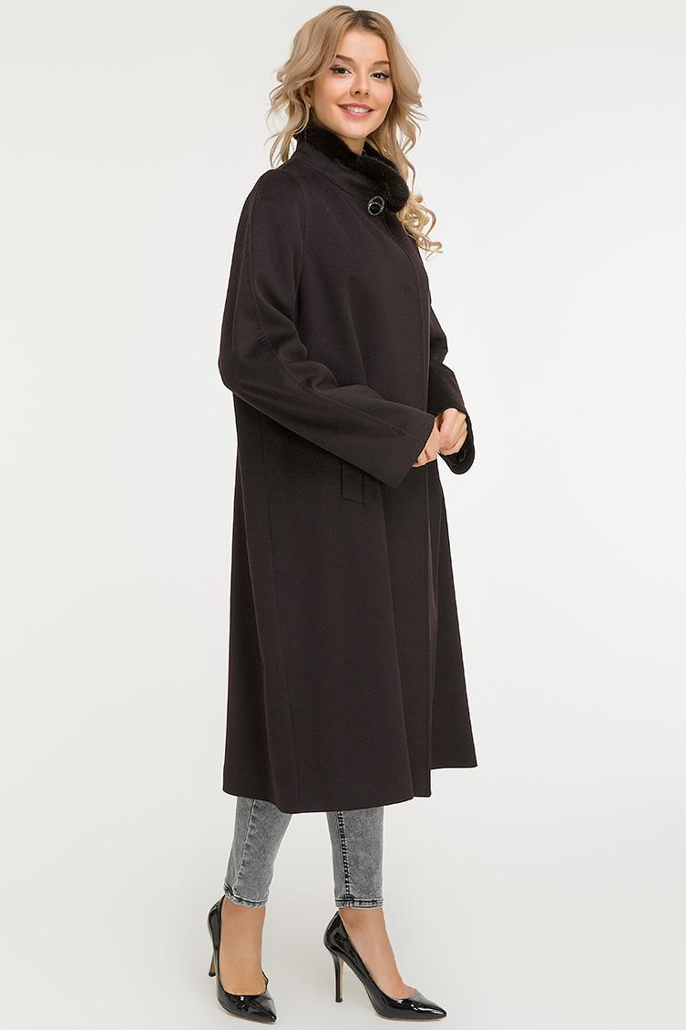 Прямое коричневое пальто Heresis большого размераПальто<br>Прямое коричневое пальто Heresis большого размера<br>Цвет: коричневый; Размер: 48, 50, 52, 54, 58, 60, 62, 64, 66; Состав: 100% шерсть Loro Piana, подкладка - 100% вискоза, меховая отделка - норка; Материал: 100% шерсть Loro Piana, подкладка - 100% вискоза, меховая отделка - норка;