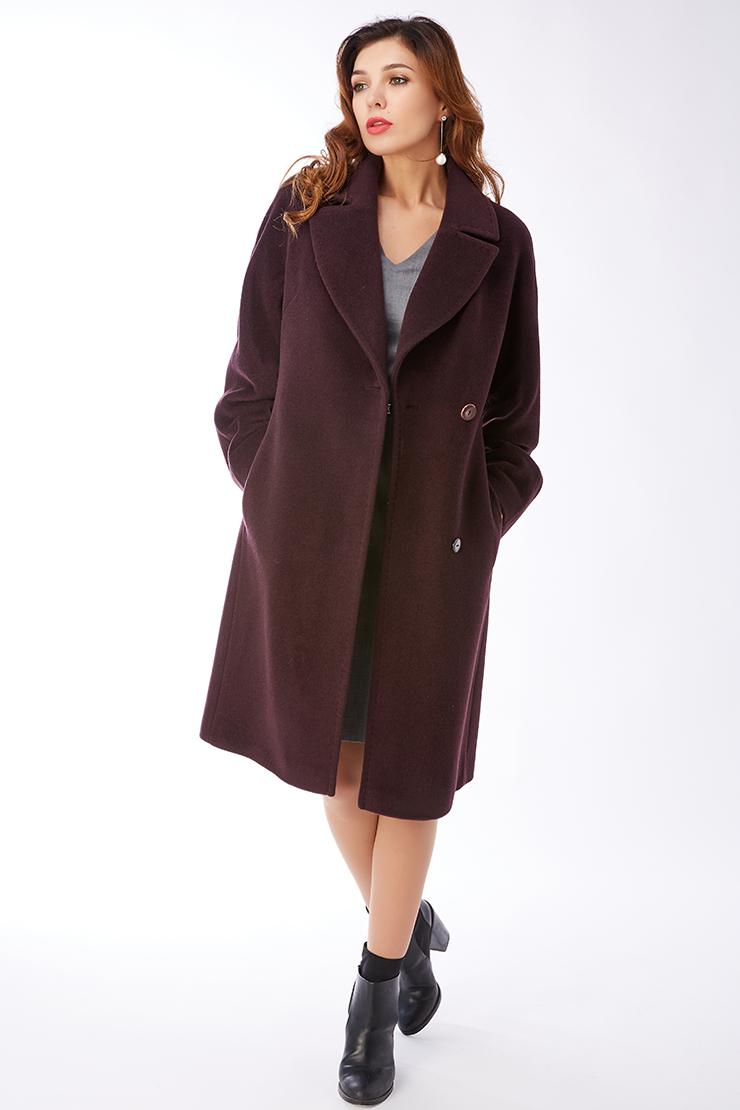 Женское демисезонное кашемировое пальто с английским воротникомПальто<br>Женское демисезонное кашемировое пальто с английским воротником<br>Цвет: баклажан; Размер: 46, 48, 52; Состав: 95% шерсть, 5% кашемир; подкладка - 55% вискоза, 45% п/э; Материал: 95% шерсть, 5% кашемир; подкладка - 55% вискоза, 45% п/э;