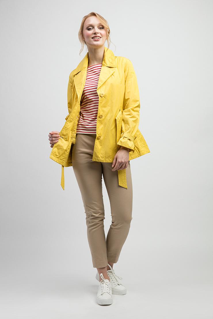 Женская итальянская куртка ADD с широким поясомКуртки<br>Женская итальянская куртка ADD с широким поясом<br>Цвет: желтый; Размер: 40, 42, 44, 46, 48; Состав: 54% хлопок, 46% п/а; подстежка - 100% п/а, гусиный пух 95/5; Материал: 54% хлопок, 46% п/а; подстежка - 100% п/а, гусиный пух 95/5;