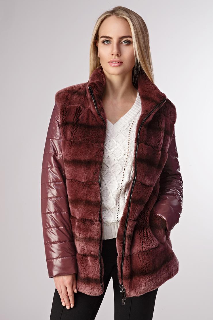 Зимняя женская куртка с мехомКуртки<br>Зимняя женская куртка с мехом<br>Цвет: бордовый; Размер: 42, 44; Состав: 100%нейлон; подкладка - 100%нейлон; утеплитель -синтепон; отделка -кролик; Материал: 100%нейлон; подкладка - 100%нейлон; утеплитель -синтепон; отделка -кролик;