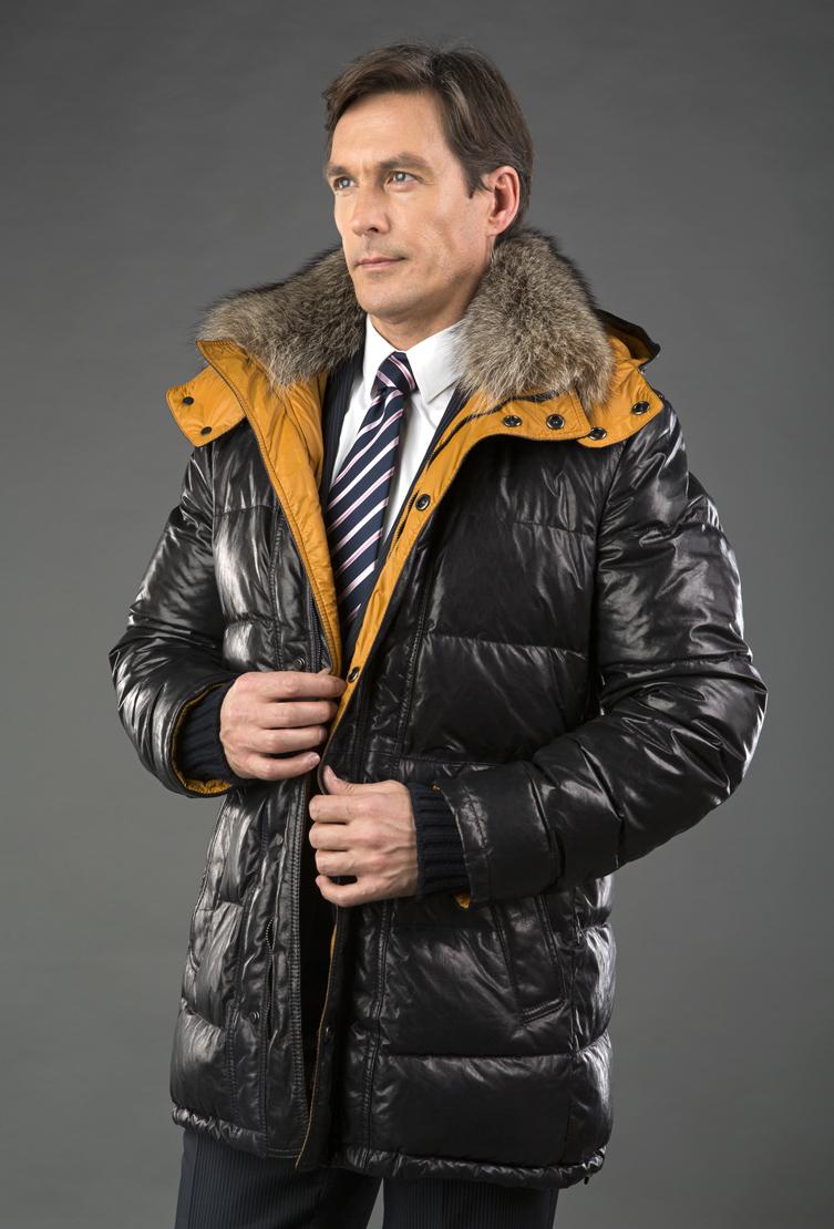 Мужской кожаный пуховик AFG темно-синий с желтой подкладкойПуховики<br>Мужской кожаный пуховик AFG темно-синий с желтой подкладкой<br>Цвет: синий; Размер: 60, 62, 64; Состав: 100% натуральная кожа (Plonge); подкладка - 100% полиэстер;  наполнитель - 100% гусиный пух; меховая отделка  - мармот; Материал: 100% натуральная кожа (Plonge); подкладка - 100% полиэстер;  наполнитель - 100% гусиный пух; меховая отделка  - мармот;