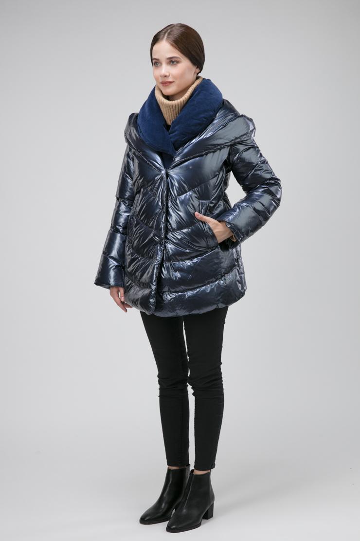 Короткая итальянская куртка на пуху с эффектом многослойности фото