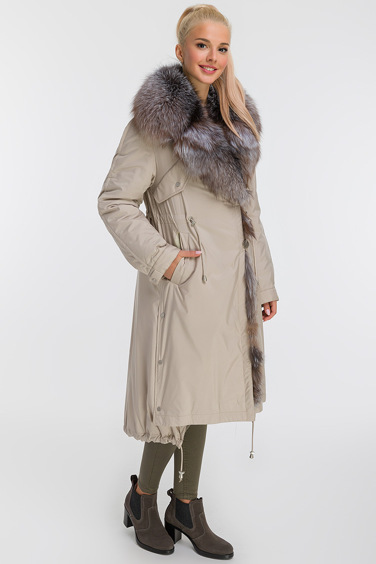 Женское пальто на кролике с лисой