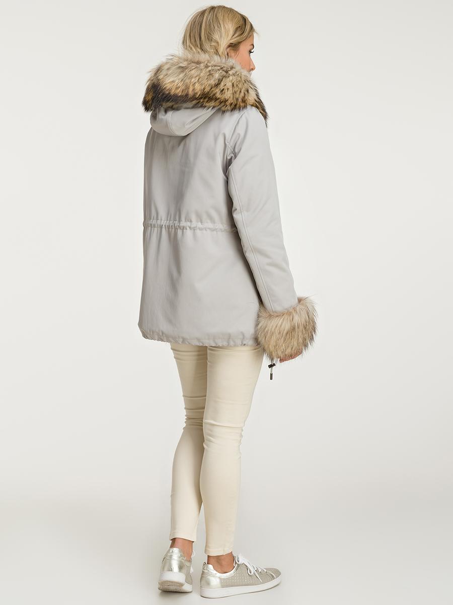 Женская куртка на тинсулейте с мехом фото