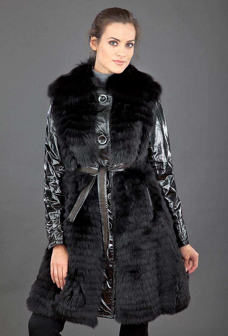 Меховое пальто женское из лисы, кролика и лаковой кожи фото