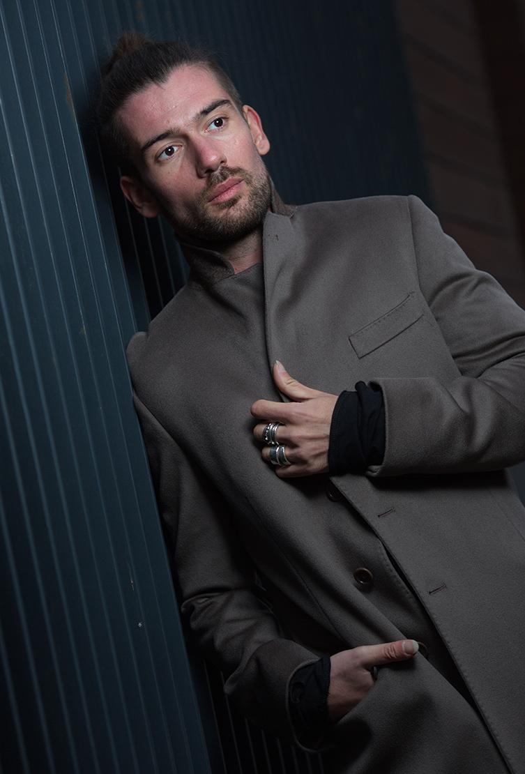 Короткое мужское пальто Teresa Tardia кофейного цвета 73002/T05-кофейный