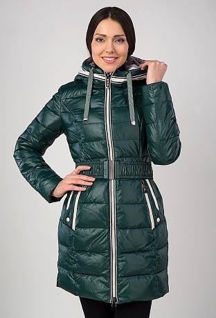 Зеленое пальто на тинсулейте с контрастной отделкой