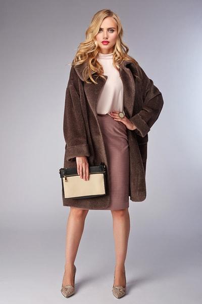 3eacddf9717 Женское пальто Teresa Tardia цвета фуксии с воротником-стойкой Модное пальто  Teresa Tardia из альпака ...