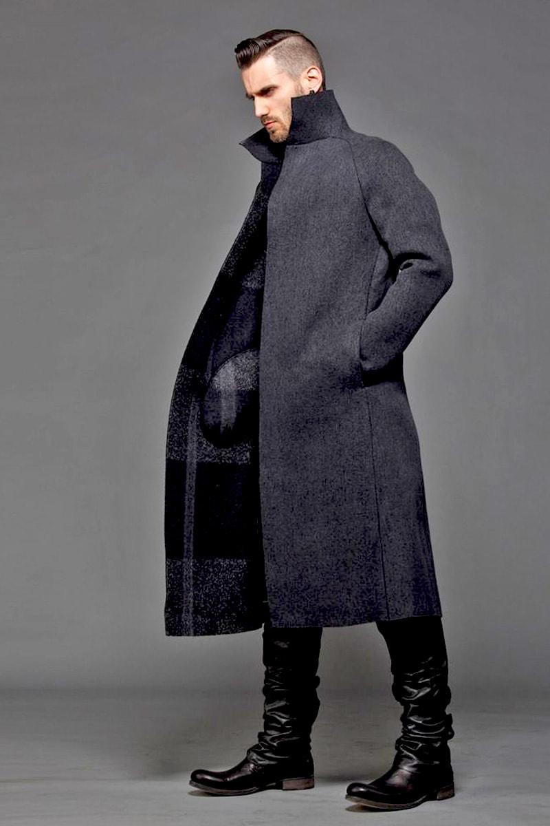 Серое шерстяное пальто с рукавами реглан