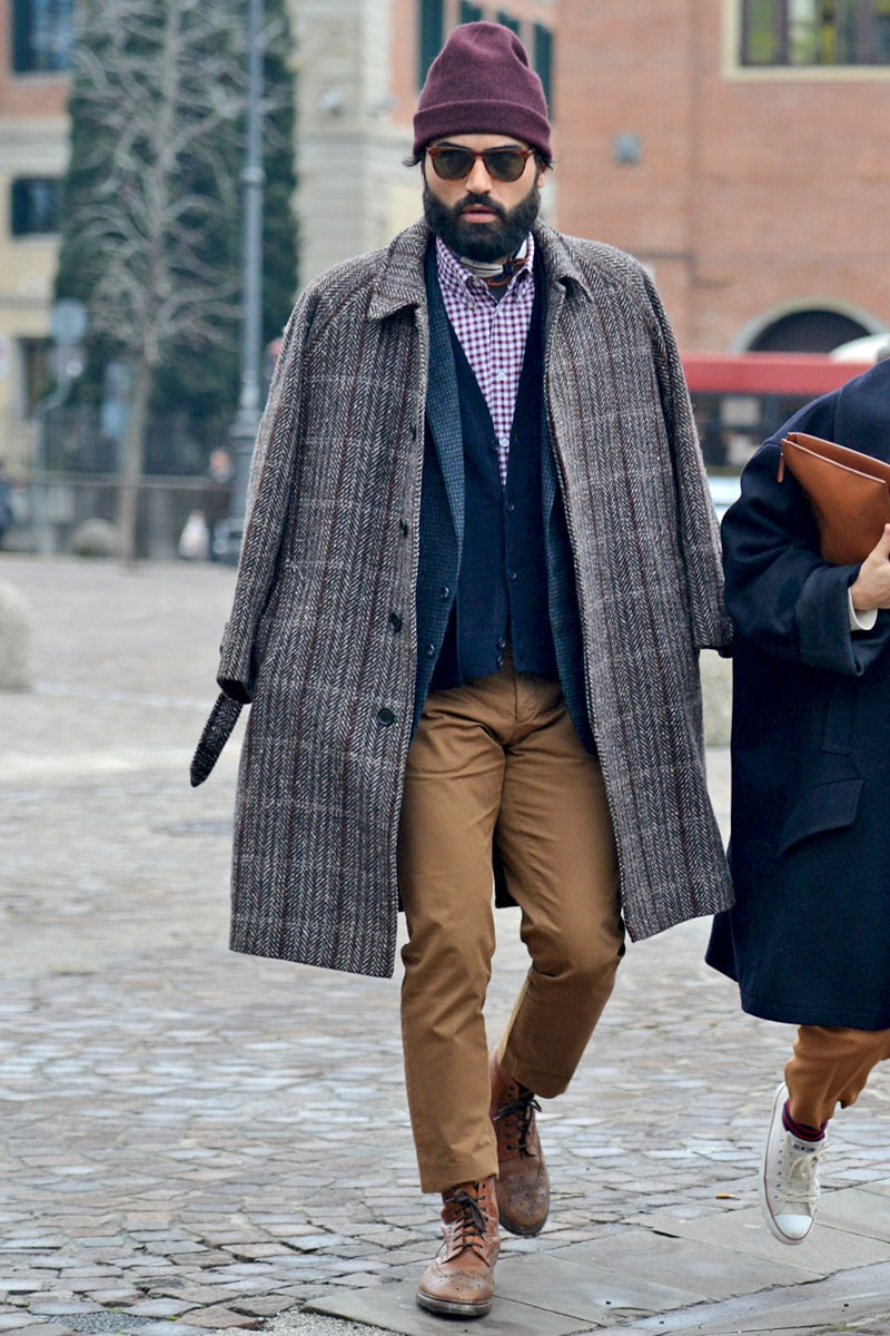 Мужское пальто фасона балмакаан из плотной шерсти