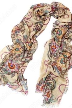 легкий шарф с орнаментом