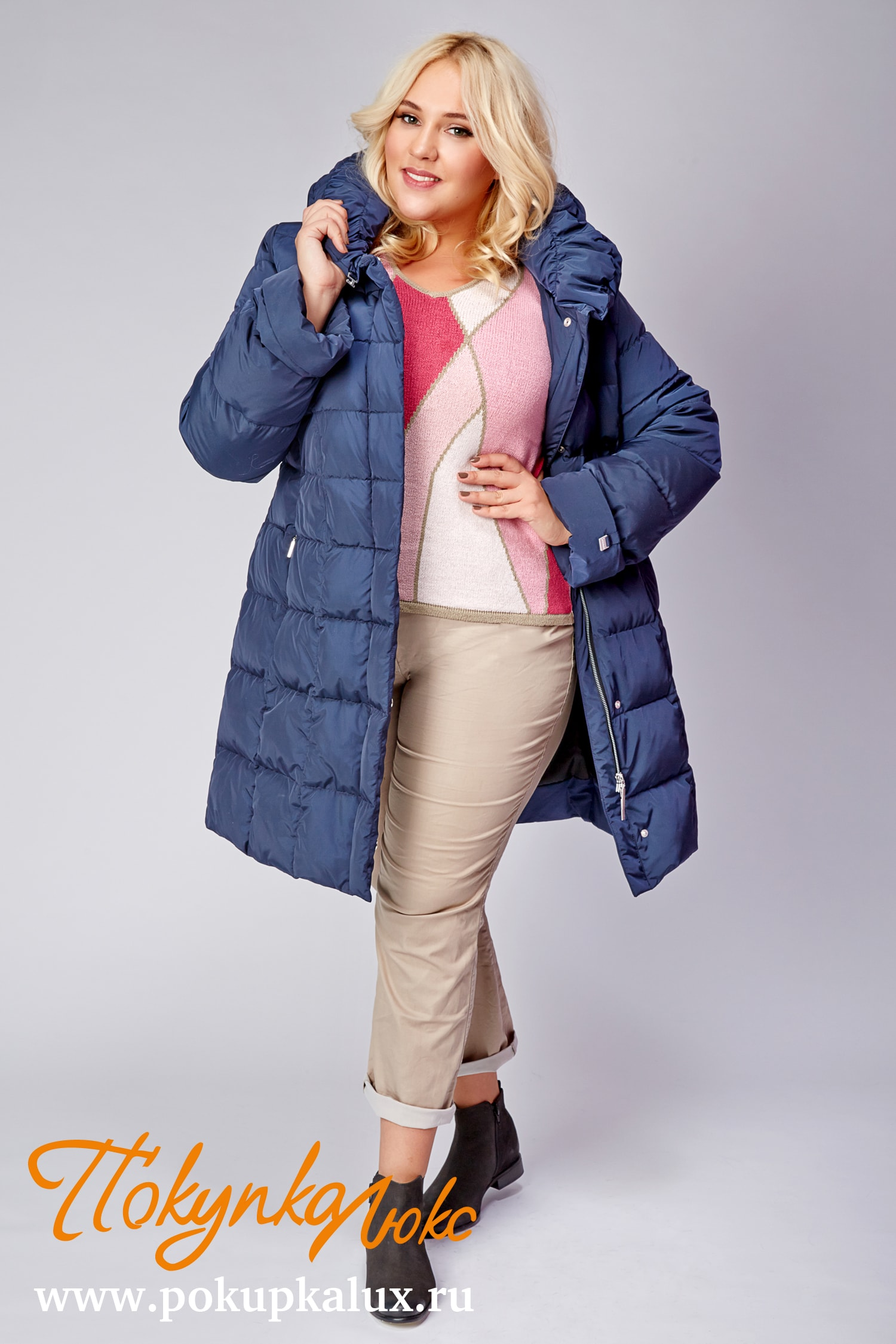 2bb716e0816 Пуховики женские с мехом из Италии в интернет магазине. Купить ...
