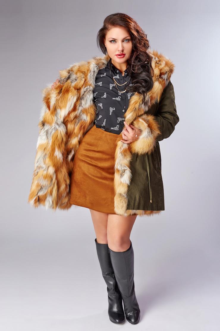 201c3d6ca38 Зимняя куртка-парка Rolf Schulte на меху в стиле милитари  Синяя женская ...