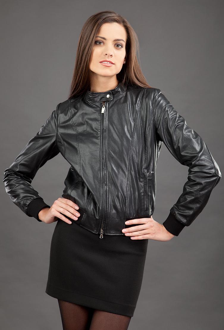 a45d5e3ec9a5 Женская черная кожаная куртка AFG P8563 L28 - черный