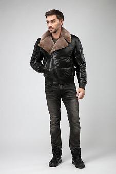 Короткая мужская куртка из кожи с мехом